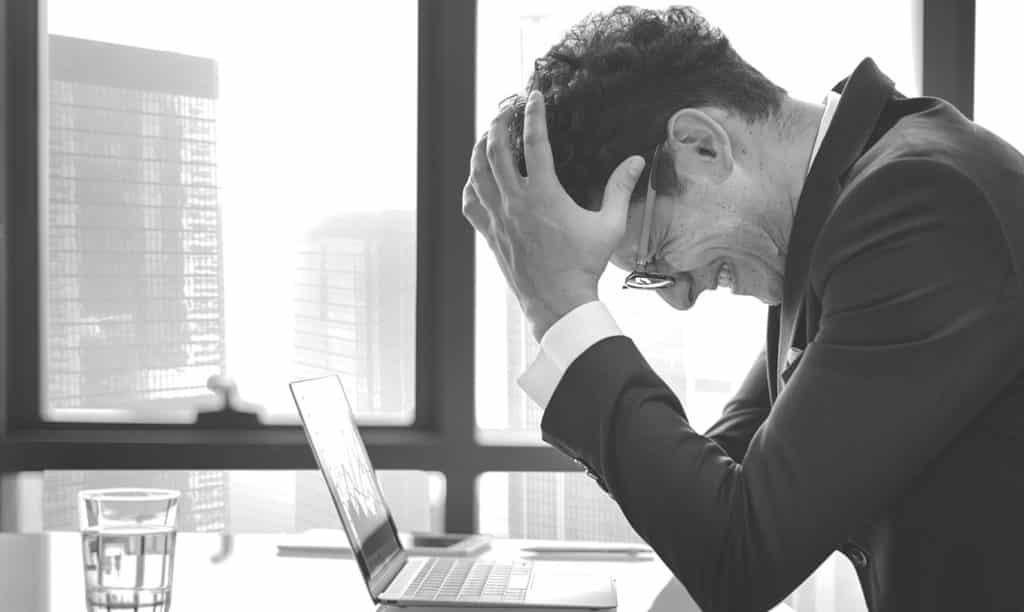 In Check - Qué son las enfermedades laborales y cuáles son las más comunes